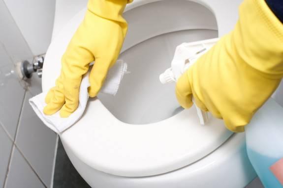 ازالة الروائح الكريهه من الحمامات